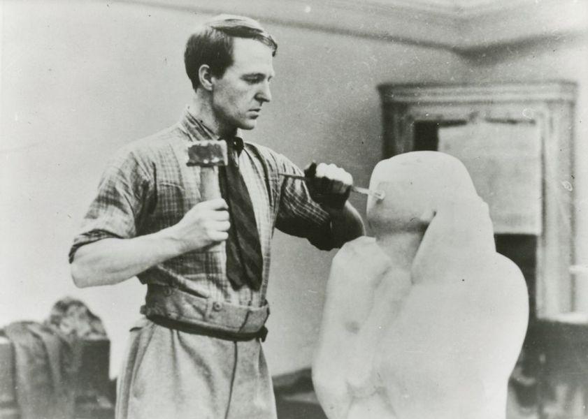 Sculptor & Stone